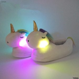 Unicorn Light Slippers half pink light / 6 Trendy Joys